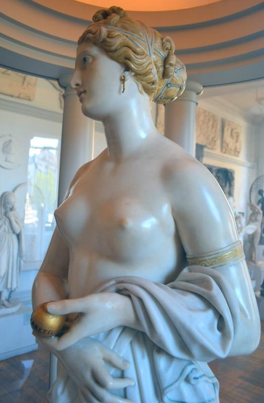Tinted Venus by John Gibson, 1862